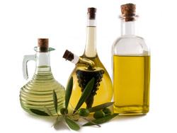 Бутылки с растительным маслом