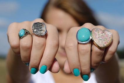 ©Depositphotos/e_mikh - Значение колец на пальцах